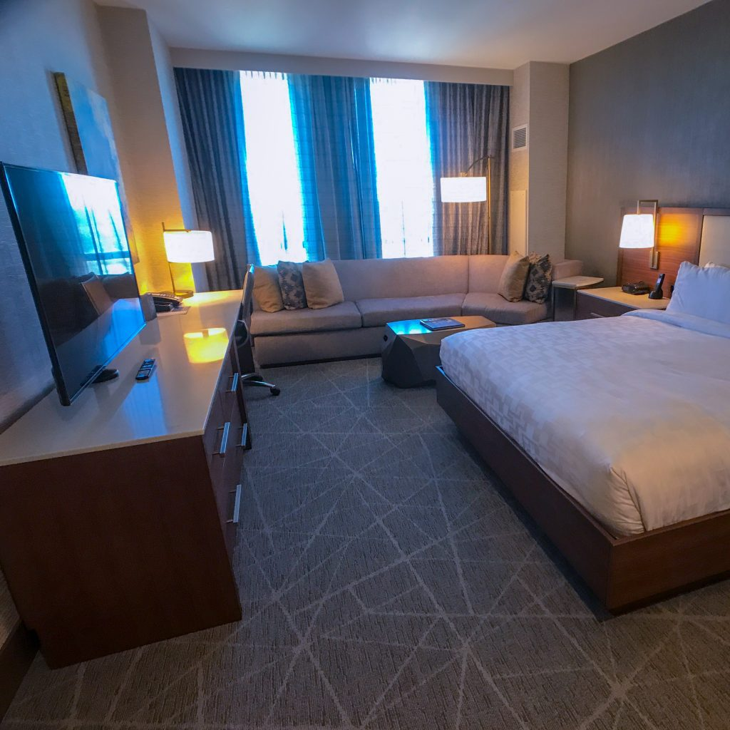 Hilton Rochester Mayo Clinic Area Hotel Suite