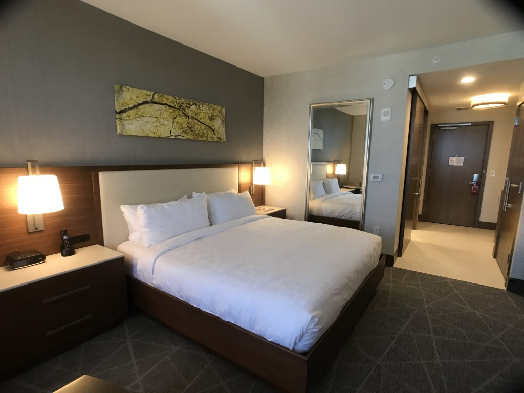 Hotel Room Suite Hilton Rochester Mayo Clinic Area #travel #minnesota #hilton #lodging #mayoclinic #rochester
