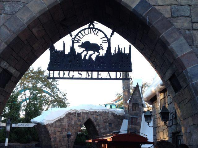 Hogsmeade Harry Potter Universal Orlando #harrypotter #wizardingworldofharrypotter #orlando #florida #universalorlando #orlandoflorida #amusementpark