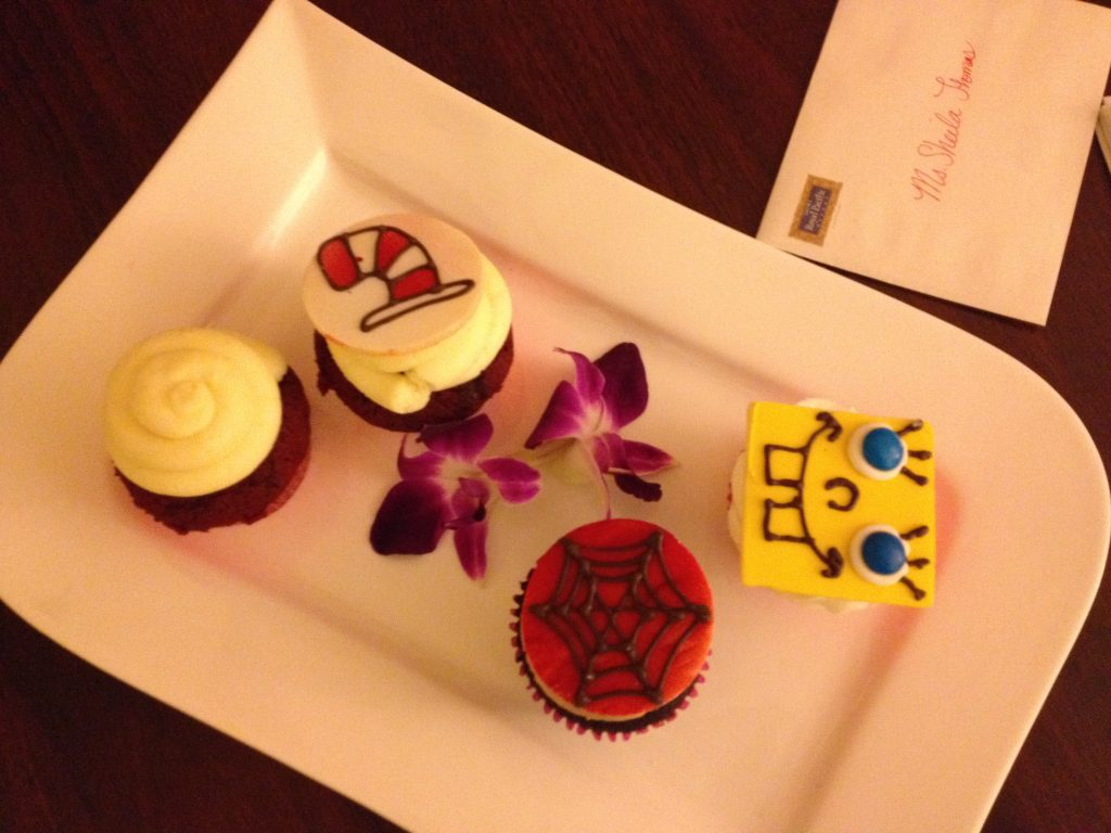 Sweet Treats in our Hotel Room Loews Royal Pacific Resort #universalorlando #lowesroyalpacificresort #florida #orlando
