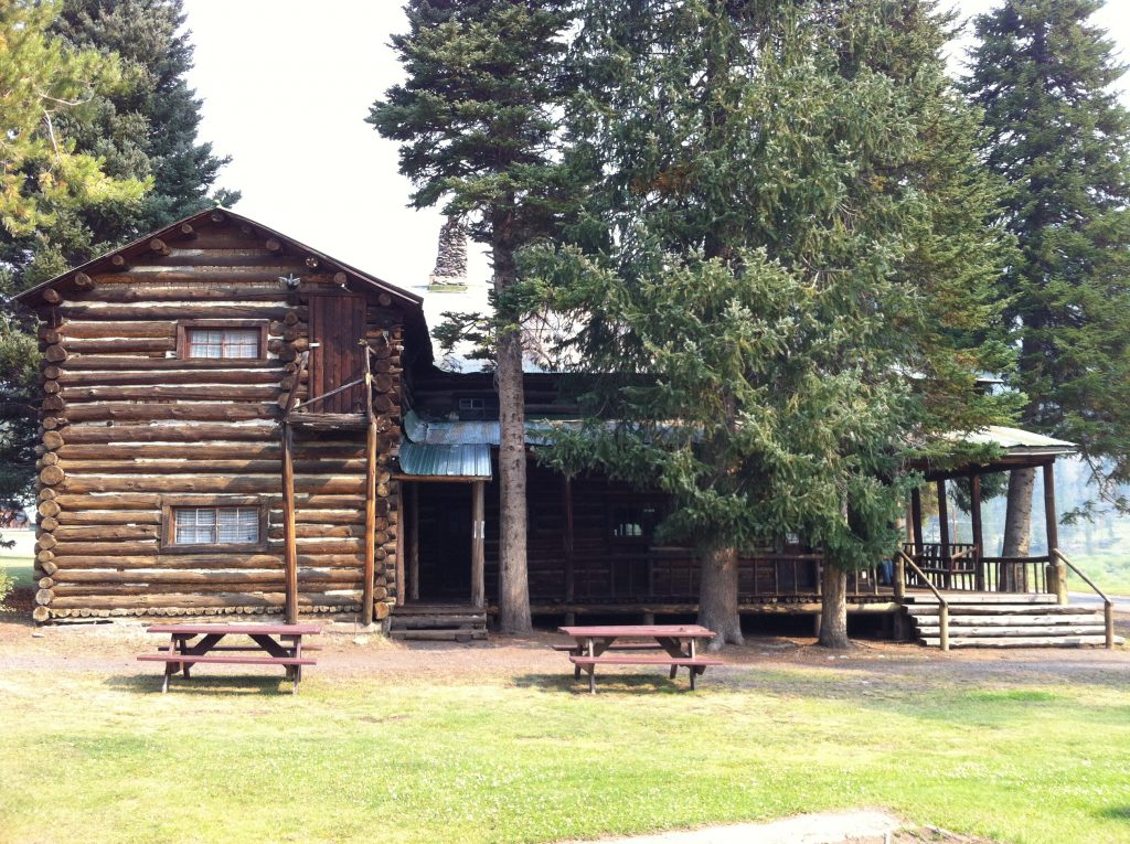Pahaska Tepee Lodge #yellowstonelodging #yellowstone #pahaskatepee #buffalobill